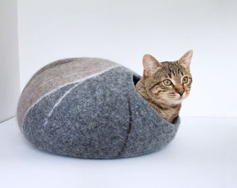 Cat Cave Felted Wool in grey beige and brown colours, pebble design, river rock pet house, wool felted cat cocoon, cat bed house