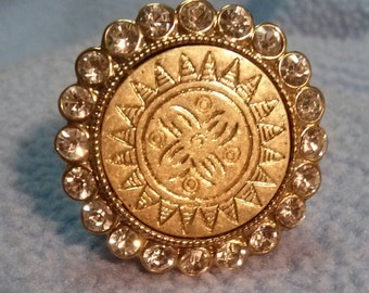 Vintage Style Coin surrounded by Rhinestones Ring~ Comfortable Elastic