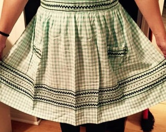 Vintage green and white checkered pattern apron
