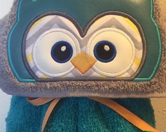 Owl Hooded Towel - Hooded Towel - Children's Hooded Towel - Personalized Towel - Custom Towel - REDROCKCRAFTSWY