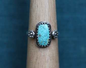 SALE: Turquoise and Flowers Ring  // Sterling Silver & Turquoise // Simple // Handmade