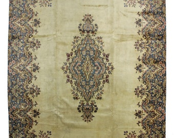 Traditional Persian Kerman Rug at33690