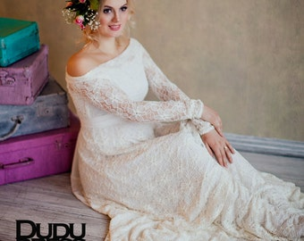 Lace wedding dress, ivory wedding dress, bridal gowns, wedding gown, bride, beautiful dress, white dress, tailoring, pregnant, pregnancy