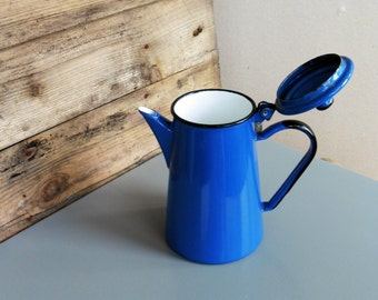 Vintage enameled tall blue kettle - excellent condition!