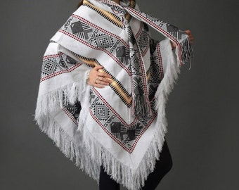 Poncho Native Wool Handmade / American Poncho / Andean Poncho / Woven poncho / Mexican poncho / Native poncho