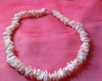 Vintage White Pucka Shells Necklace