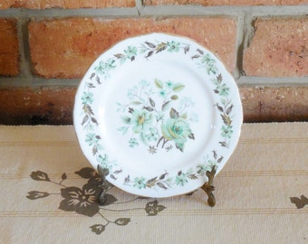 Colclough green floral detail 16cm bone china side, butter, bread plate 1960s high tea