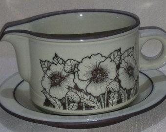 Hornsea Cornrose Sauce or Gravy Jug and Plate Oven to Tableware