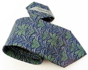 Salvatore Ferragamo Necktie, Blue Silk Necktie, Ferragamo silk, Designer Necktie, Men's Neckwear, Blue Necktie, Made in Italy