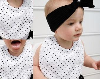 Pom Pom Bibs/baby bibs/modern bibs/geometric bibs/baby bib modern/baby bib bandana/ black and white bib/baby accessories/drool bibs