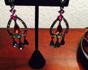 Vintage Dangle Deep Rich Colored Earrings