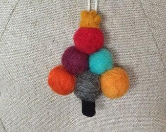 Modern Needle Felted Christmas Tree Ornament, Wool Felt Ball Tree Natural Ornament