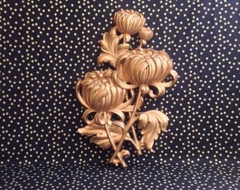 Shining Sixties~Syroco Chrysanthemums~Wall Decor~1962
