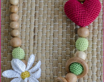 Heart Shaped Nursing Necklace with crochet daisy
