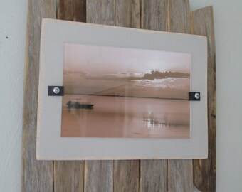Driftwood frame   Recycled wood frame   Rustic picture frame   Beach decor   Photo frame   Driftwood picture frame   Coastal decor
