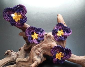 4 pcs of Crochet  Purple Flower Appliques, Handmade Purple Crochet Flowers, ND0031