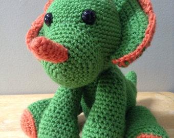 Free shipping Plush Dinosaur Triceratops Amigurumi crochet stuffed toy green and orange smoke free vegan and washable