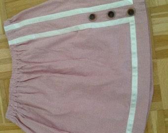 Short skirt, short skirt
