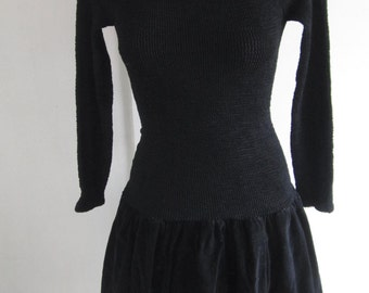 80s Vintage Stretch Dress long sleeves plush skirt and plush bows on the back