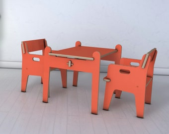 furniture set suitable for children (2 chairs and 1 table 24 x 42)