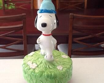 Snoopy Dog Schmid Music Box