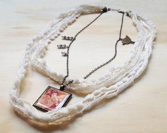 "Necklace cotton cream with pendant illustrated ""Snow Rabbit"""