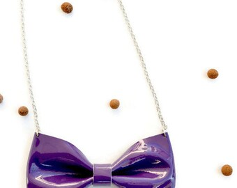 Leather bow tie necklace / Purple bow tie necklace / Statement necklace / Genuine leather / Purple patent leather