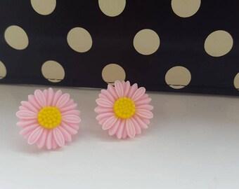 Pretty Pink Daisies Stud Earrings
