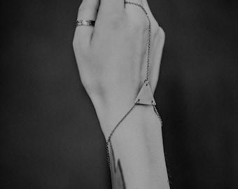Triangle hand jewelry