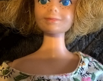 Vintage 1963 Blonde Midge Doll