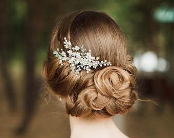 Bridal hair comb. Wedding hair comb. Bridal Headpiece. Pearl bridal hair comb. Bridal Hair Accessory.  Delicate hair comb. Spring colors.