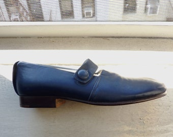 NOW 25% off! Vintage Fausto Santini Periwinkle Blue Mary Jane Flats, Italian Leather