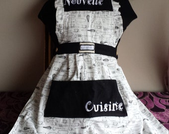 vintage inspired ladies full length apron, 100% cotton