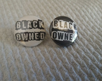 Black Owned 25mm Badge