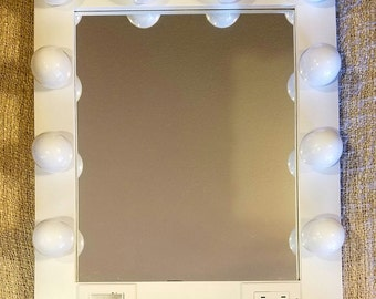 Hollywood style Glamour make up/ stylist mirror with Plug-in and touch dimmer switch, 29 dollar shipping, NOW WITH LAYAWAY