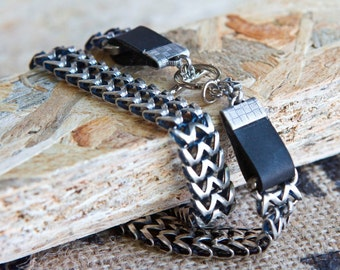 Wrap bracelet, silver and black leather bracelet, oxidized silver plated, Gift for her, leather bracelet, silver bracelet,linked bracelet,