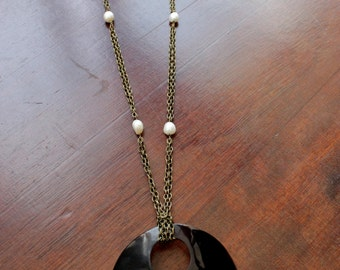 Long necklace shell