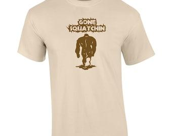 Sasquatch Hunter squatchin squatch yeti pacific northwest hunting halloween vintage retro - Apparel Clothing - Mens T-shirt - 159