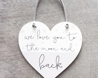 We love you to the moon and back wooden heart plaque. Baby gift, wall decor. Nursery and kids room decoration.
