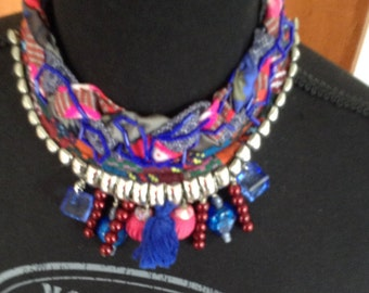 Necklace ethnic trend