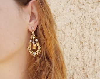Decorative chandelier earring