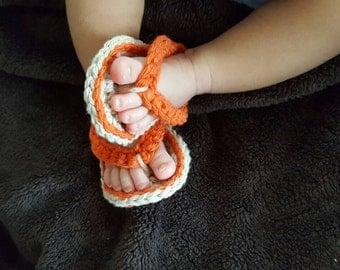Between the toes baby crocheted flip flops (sandals)