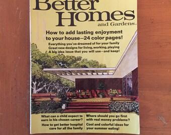 August 1966 Better Homes and Gardens magazine Mid-Modern design