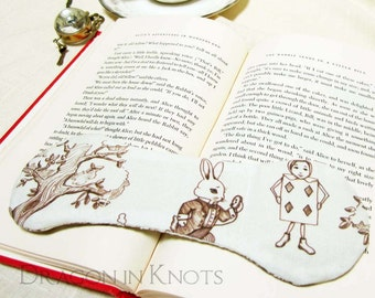 White Rabbit Book Weight - Alice's Adventures in Wonderland inspired Weighted Bookmark Page Holder - Alice in Wonderland Book Opener