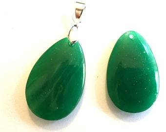 Vintage pendant (1) Japanese opaque glass jade green polished teardrop pear bail silver gold necklace jewelry supplies (1)