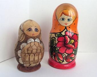 Vintage Matryoshka Dolls. Russian Nesting Dolls, Burned Wood & Gold, Colourful Classic. Set of 2 Wooden Nesting Dolls.