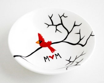 Cardinal Red Bird Ring Dish - Personalized Gift For Mom, Red Birds, Cardinals, Jewelry Dish, Personalized Jewelry Bowl, FREE SHIPPING