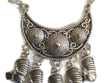 African ladies heads tribal shield silver tone panel necklace chain 46cm