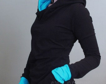 extra long sleeved hooded top Black with Light turquoise Blue
