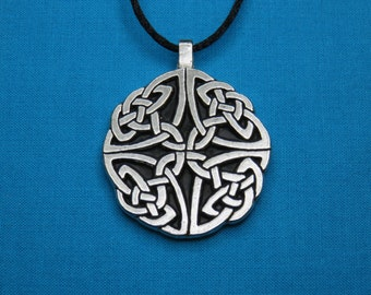 Large Circular Celtic Knotwork Pendant in Silver Pewter, open, Handmade, Handcast STK056